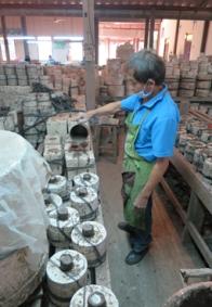Chiang Mai Céladon - giessen der Formen