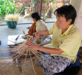montieren der Bambus-Rippen