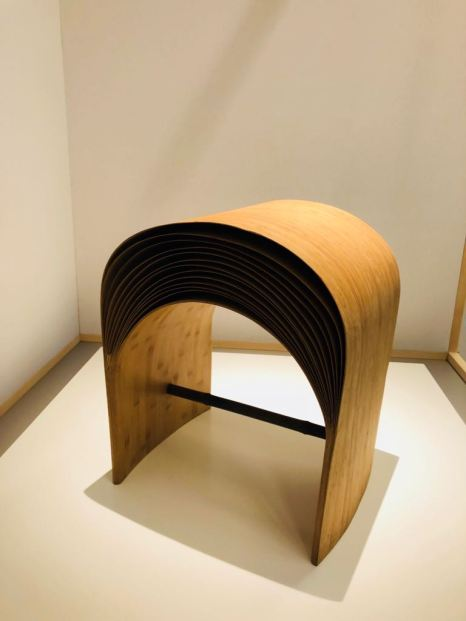 """Hangzhou Stool"" von Chen Min (China)"